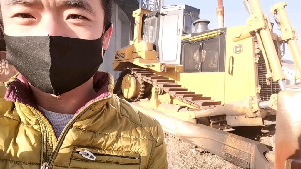 【飞哥说车22】帅气的宣化D7推土机