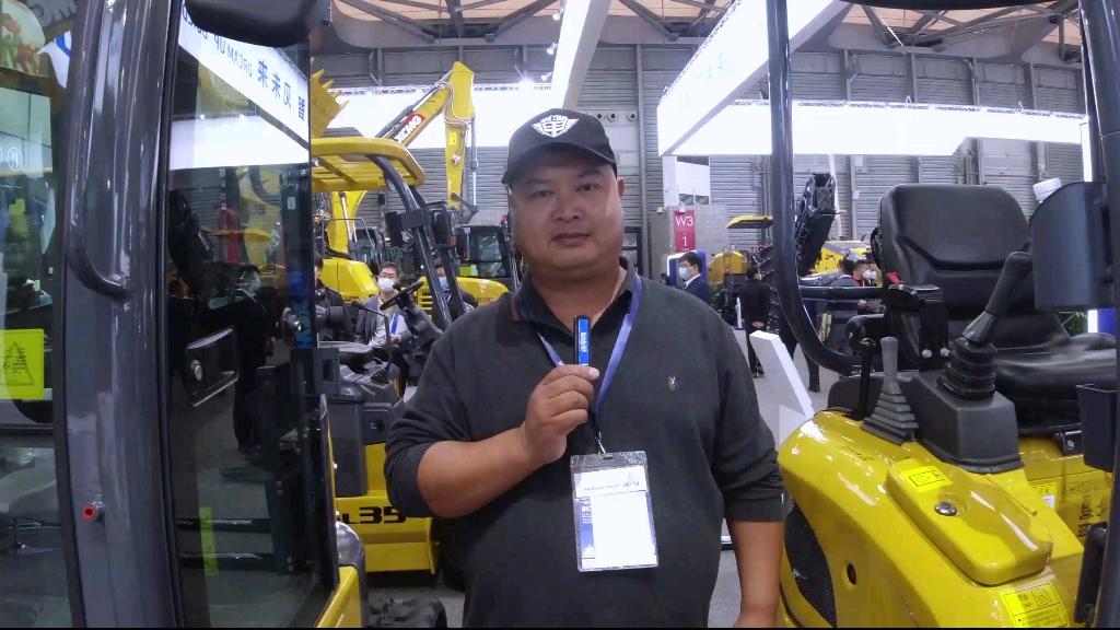 胖哥說車(6):徐工XE17U挖掘機繞機評測-帖子圖片