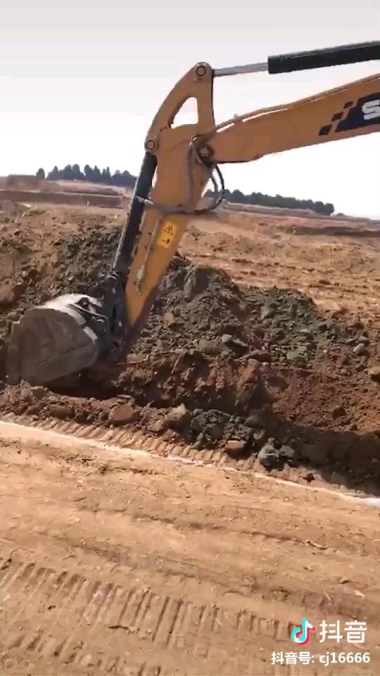 三姨挖沟速度可以啊
