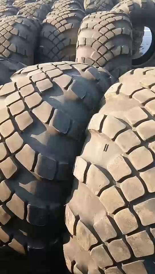 部队导弹车退役下来的前进牌九成新无伤,4050铲车可用
