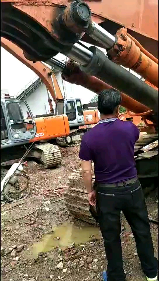 加长臂挖掘机-帖子图片
