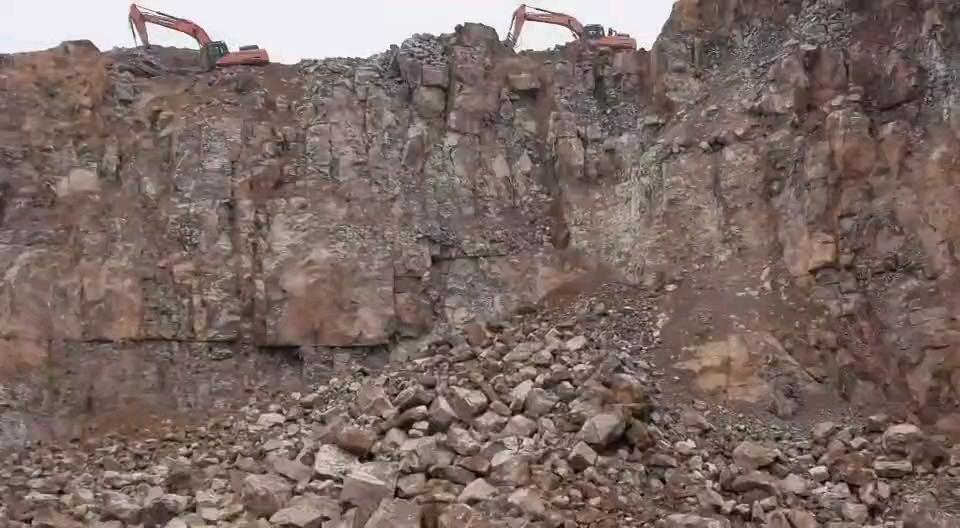 礦山紅-帖子圖片