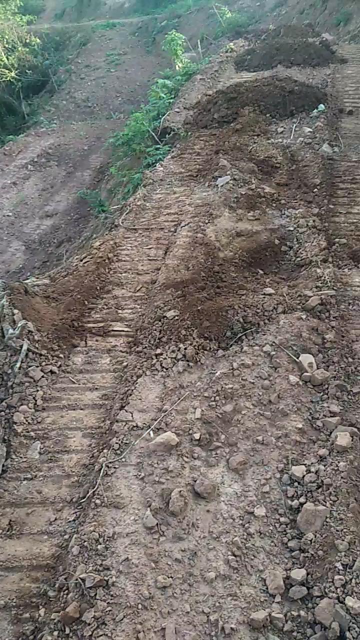 【我的铁甲日记第50天】大挖也能开出窄梯土