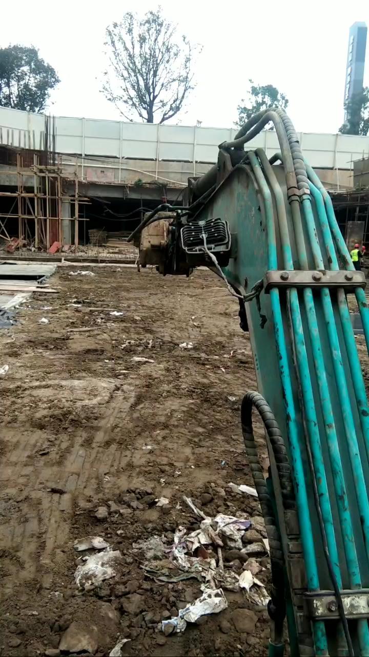 我是湖南永州的,想在本地找个挖机