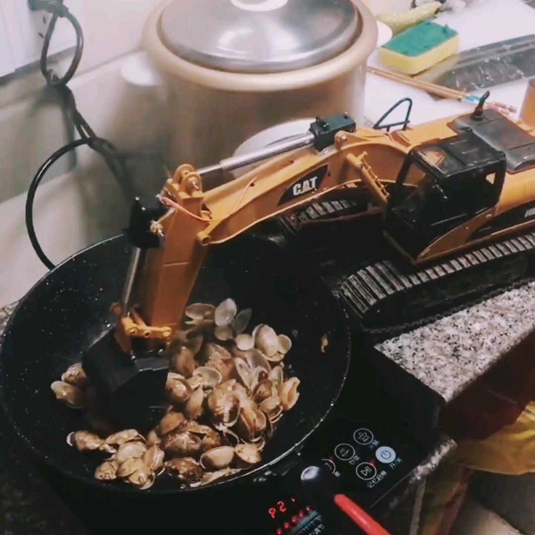 蓝翔新东方烹饪学院出来的帖子图片