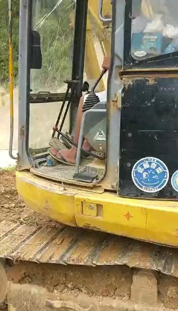 【抢修记事】小松128路边抢修,马上下工地!