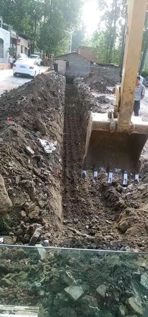 农村挖地基