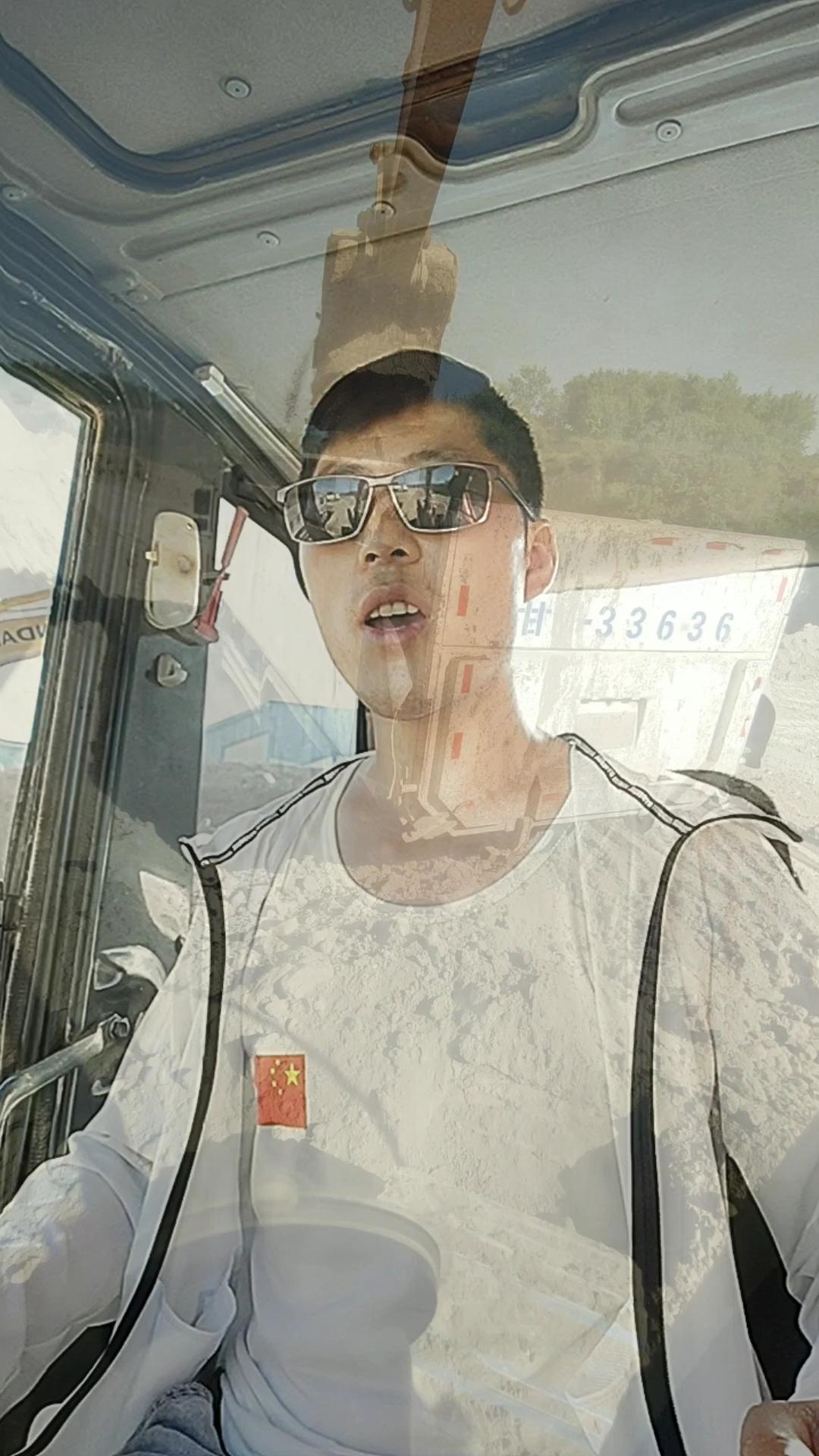 【鐵甲視頻】考生加油!我在工地等你們!