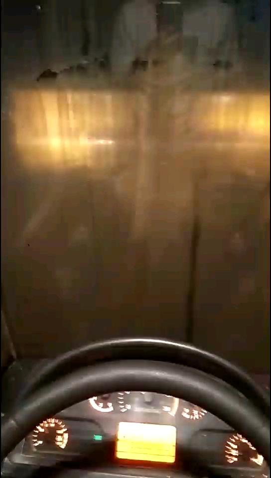 龙工855N改音响配J*L功放(无损低音的效果)嗨起来