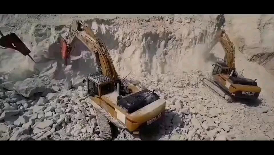 重新定义破碎新标杆#山东临工E6500F打捶王