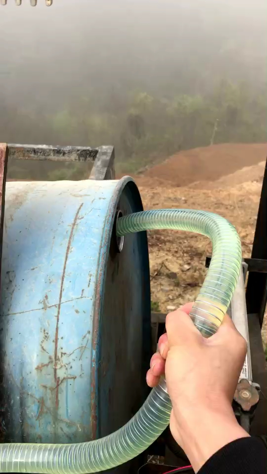 1600元爆改三輪加油車,從此挖機加油不用愁!-帖子圖片