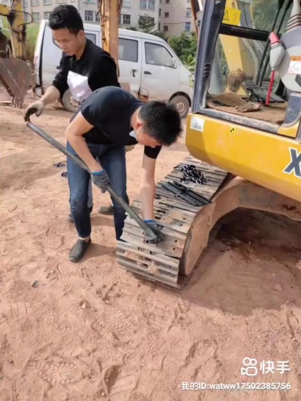 深圳挖机培训铲车培训,叉车培训,挖机出租