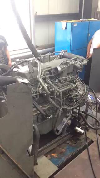 五十铃工程6HK1柴油机