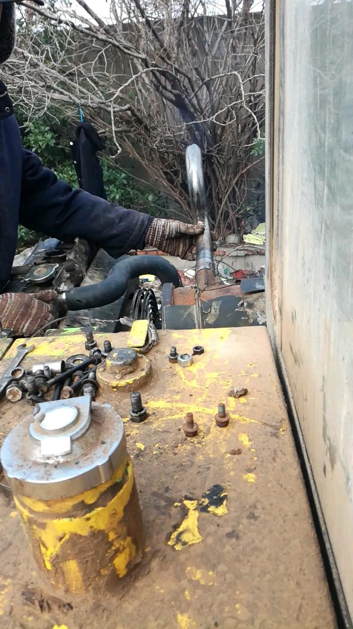 挖机牌拖拉机