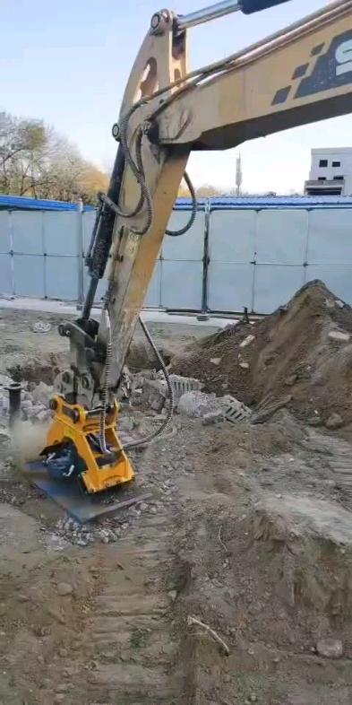 挖机夯实器