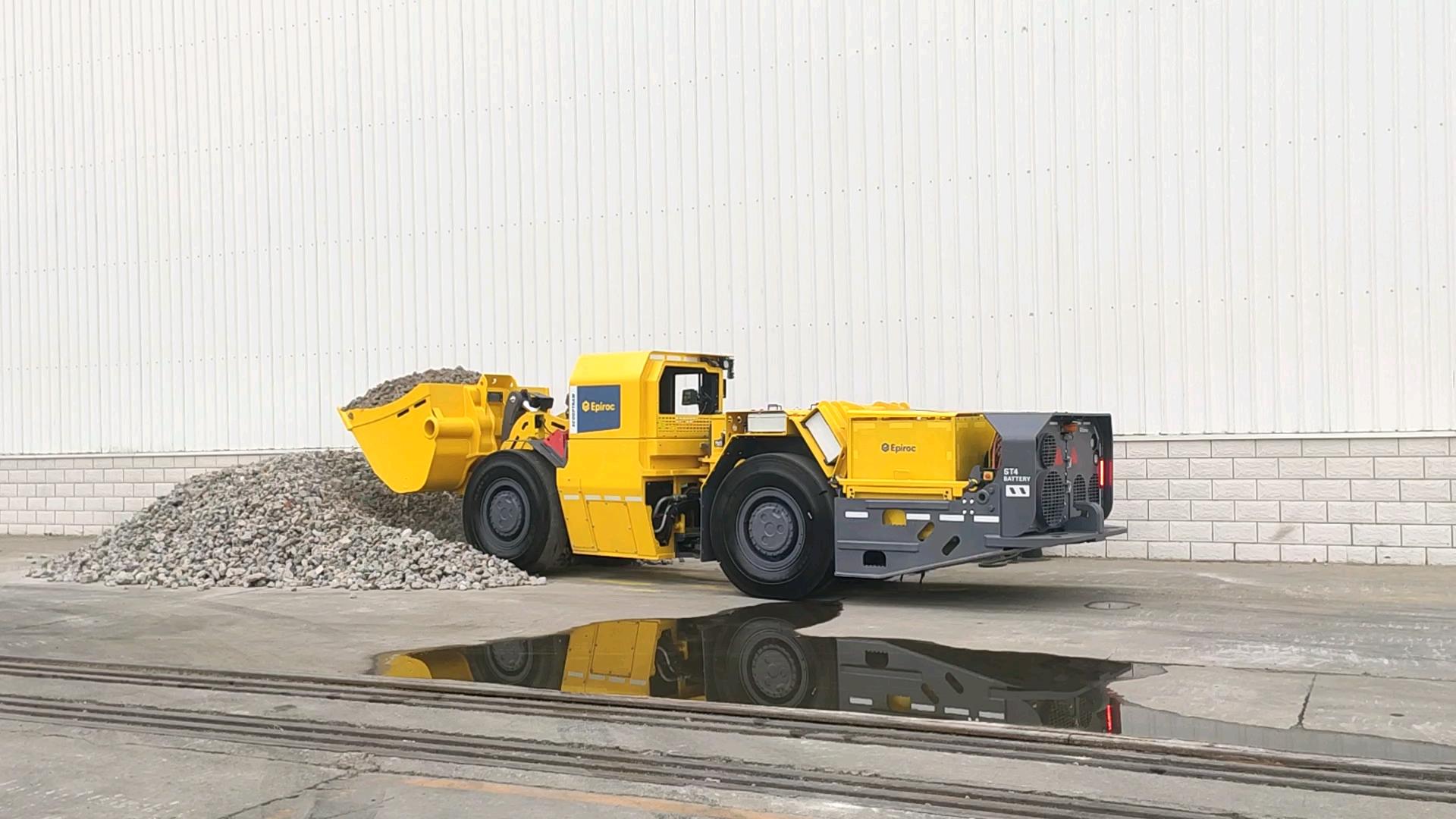 零排放!!电池版的地下铲运机长啥样??