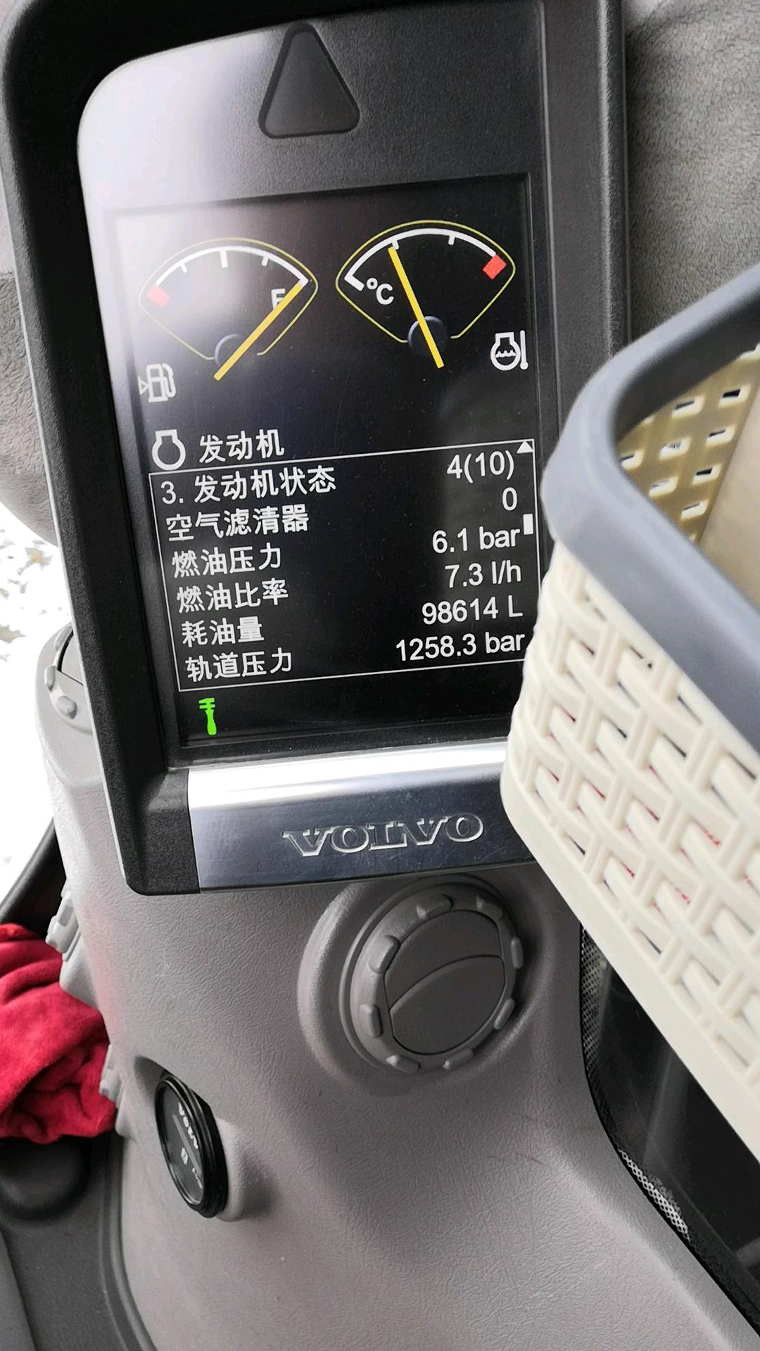 沃尔沃290d憋车的故障处理。