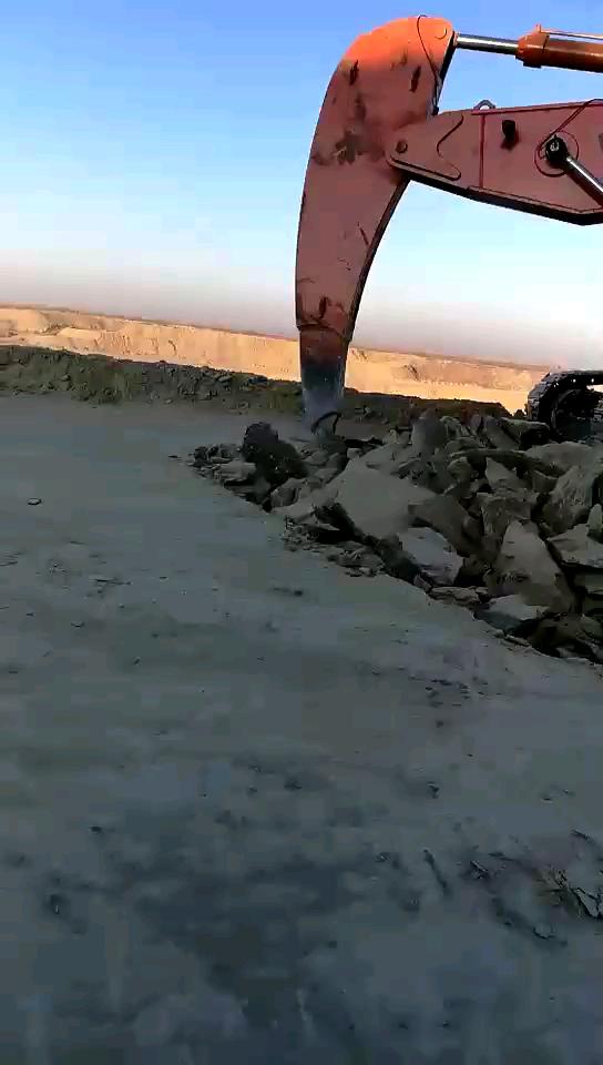 一体式岩石臂-帖子图片