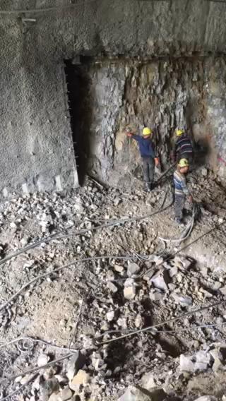 【忙与闲】买的挖机,你会发现处处有惊吓。