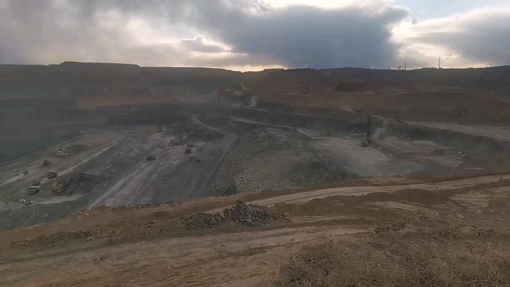中国露天矿开采的速度