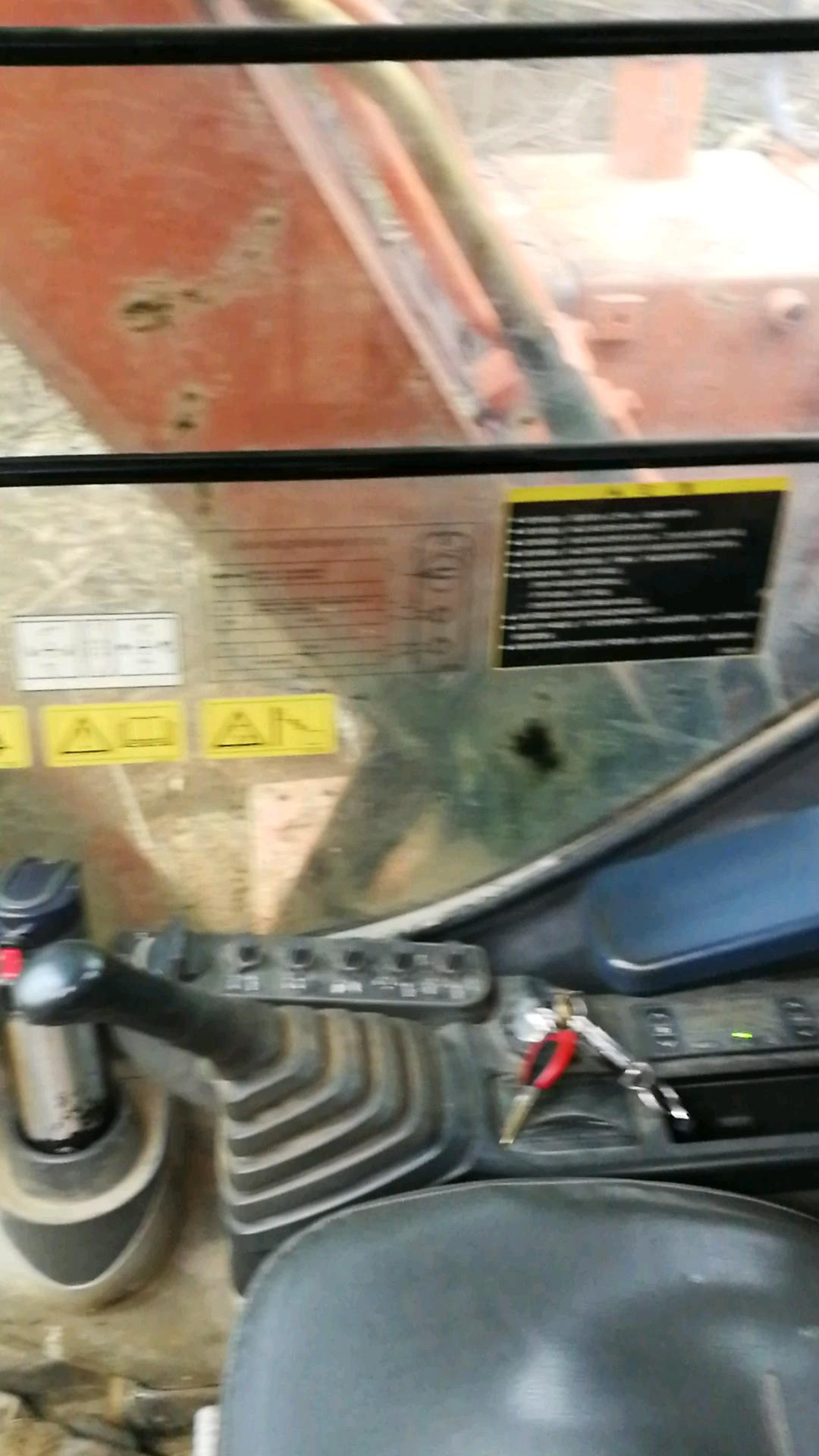 【视频征集】日立挖机空调滤清的保养-帖子图片