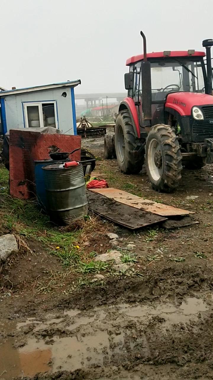 挖机保养之换液压油