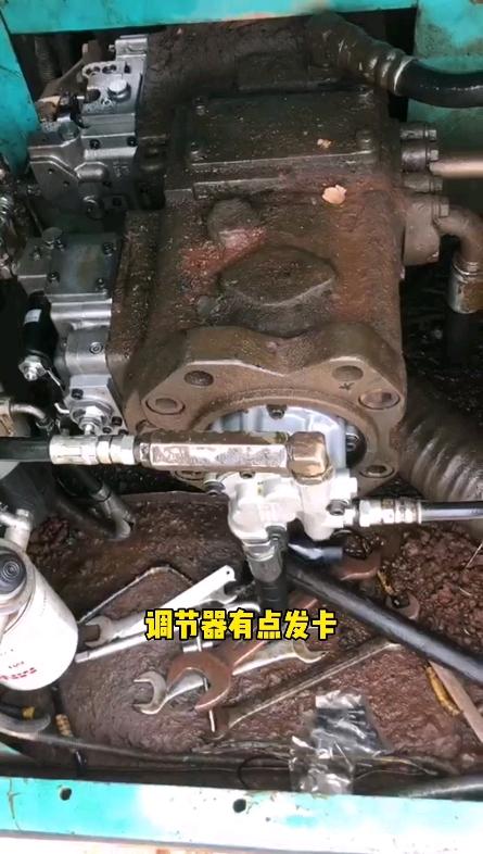 【牛挖说液压36】神钢200-8动作慢维修案例