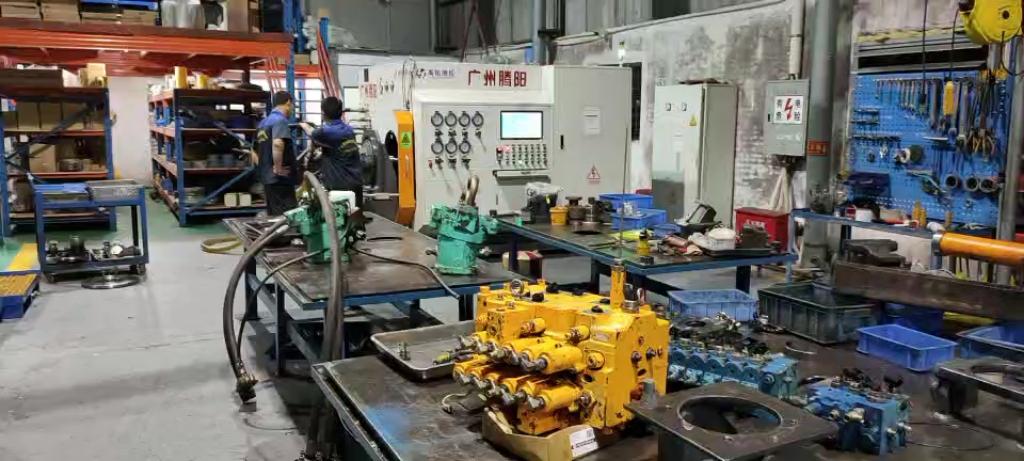 广州招1名液压泵,分配阀维修师傅