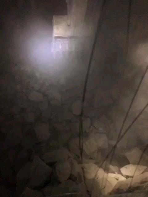 【印象最深的施工事故】矿山塌方,日立870都挡不住!