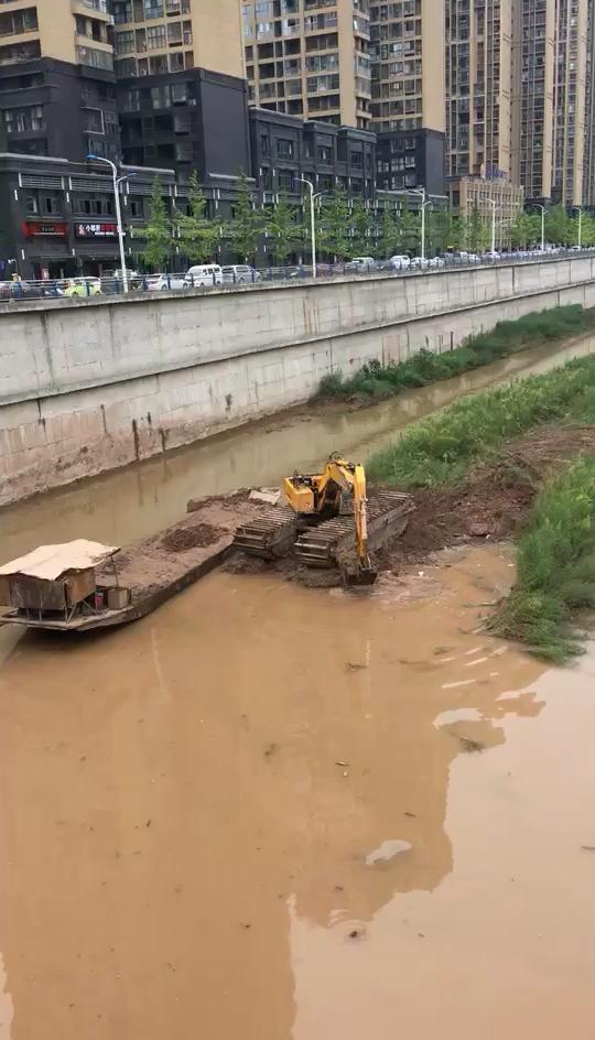 有知道湿地挖机包月价格的嘛 活好找不