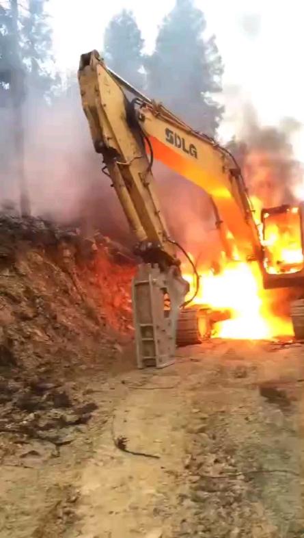 广东江门,挖机着火了!附近机友分享的
