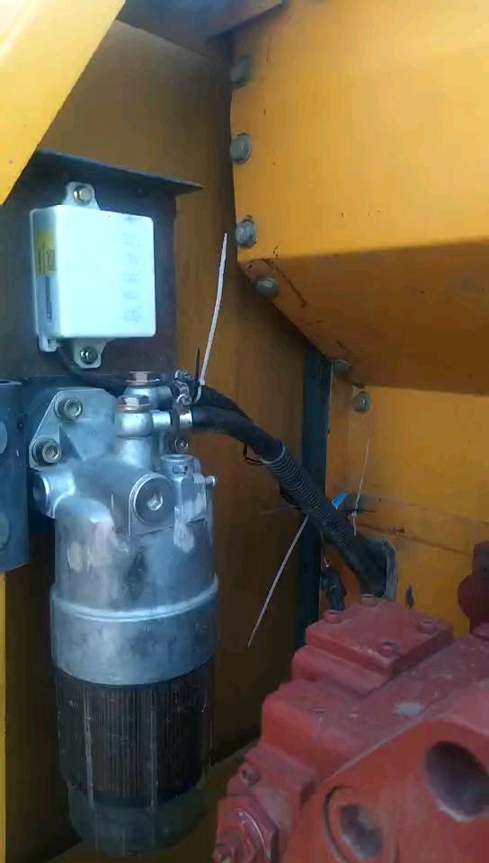 【维修小记】福田雷沃220-7改泵,飙速压大路-帖子图片
