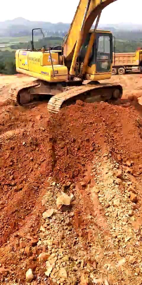 要吃土了,卖挖机了