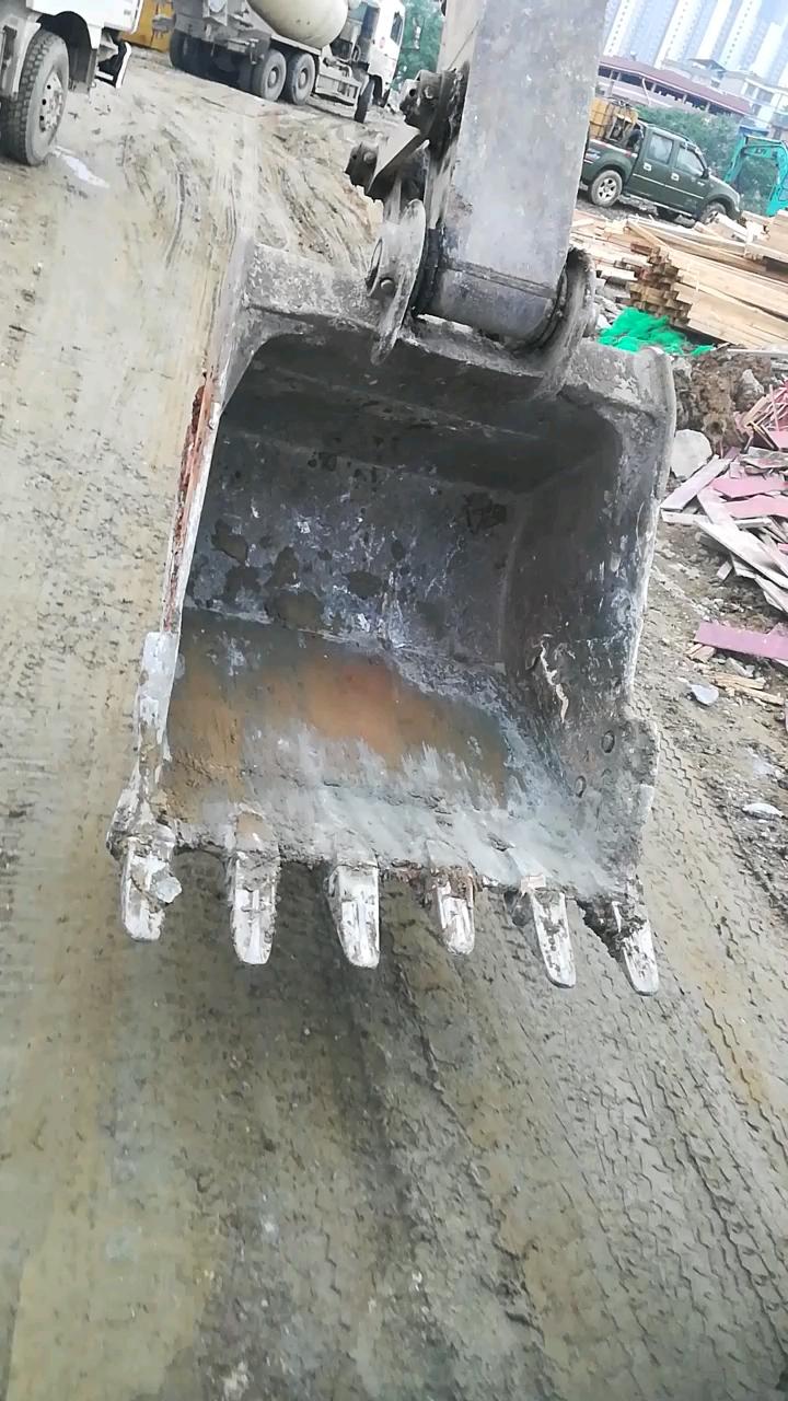 斗边板烂了,怎么样加固维修才能经久耐用呢?