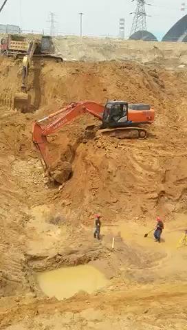 好大的工地啊!这挖机干活咋样?!
