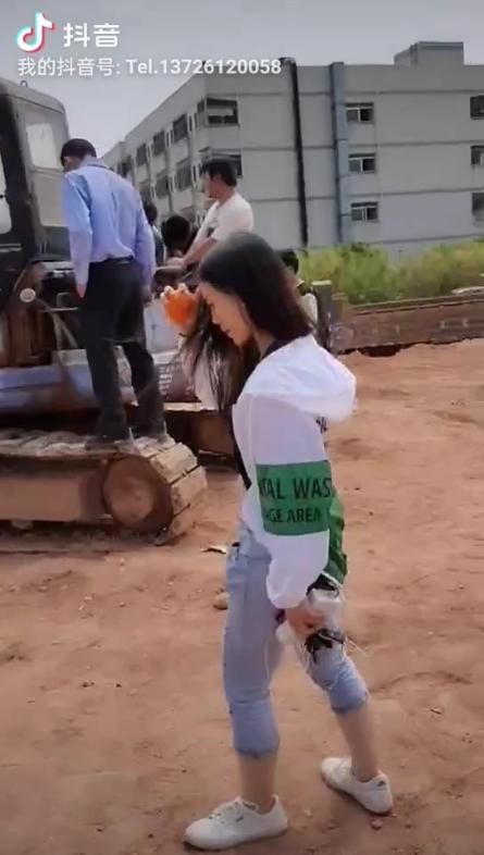 東莞哪里學挖掘機 收不收女學徒-帖子圖片