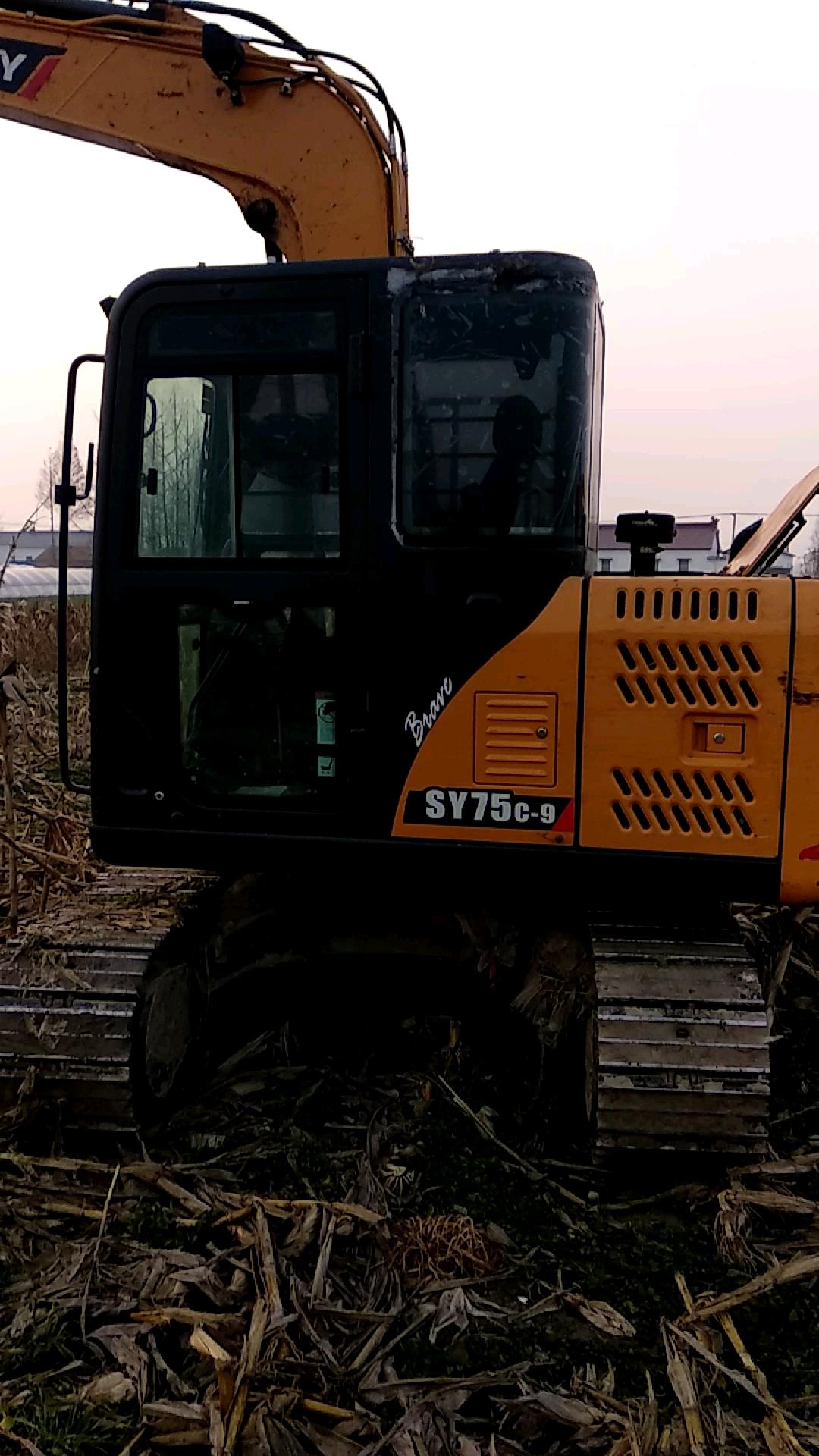 【我说我车】介绍我的三一SY75-9挖机,品质改变世界