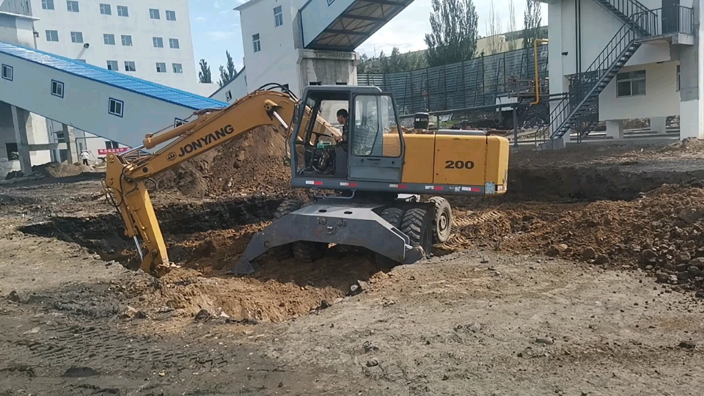 【飛哥說車37】98年的詹陽161輪挖干活怎么樣-帖子圖片
