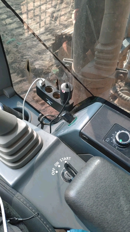 徐工XE200DA挖机1700小时使用报告