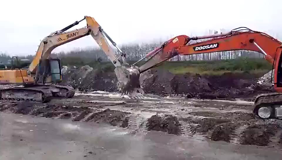 斗山挖掘机和三一挖掘机拔河-帖子图片