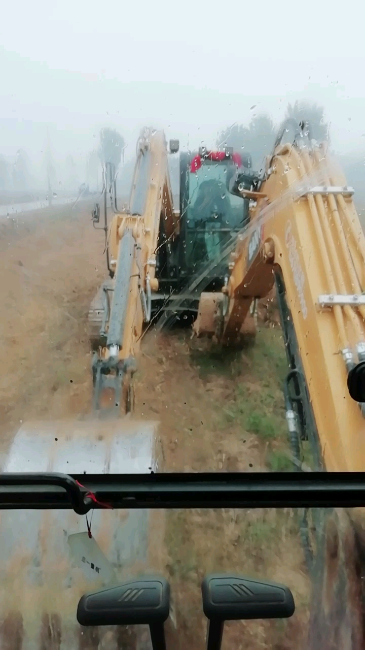 【我为三一挖掘机代言】三一威武有目共睹大小工程挖沟掘土-帖子图片