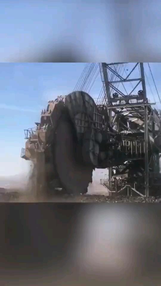 斗輪挖機-帖子圖片