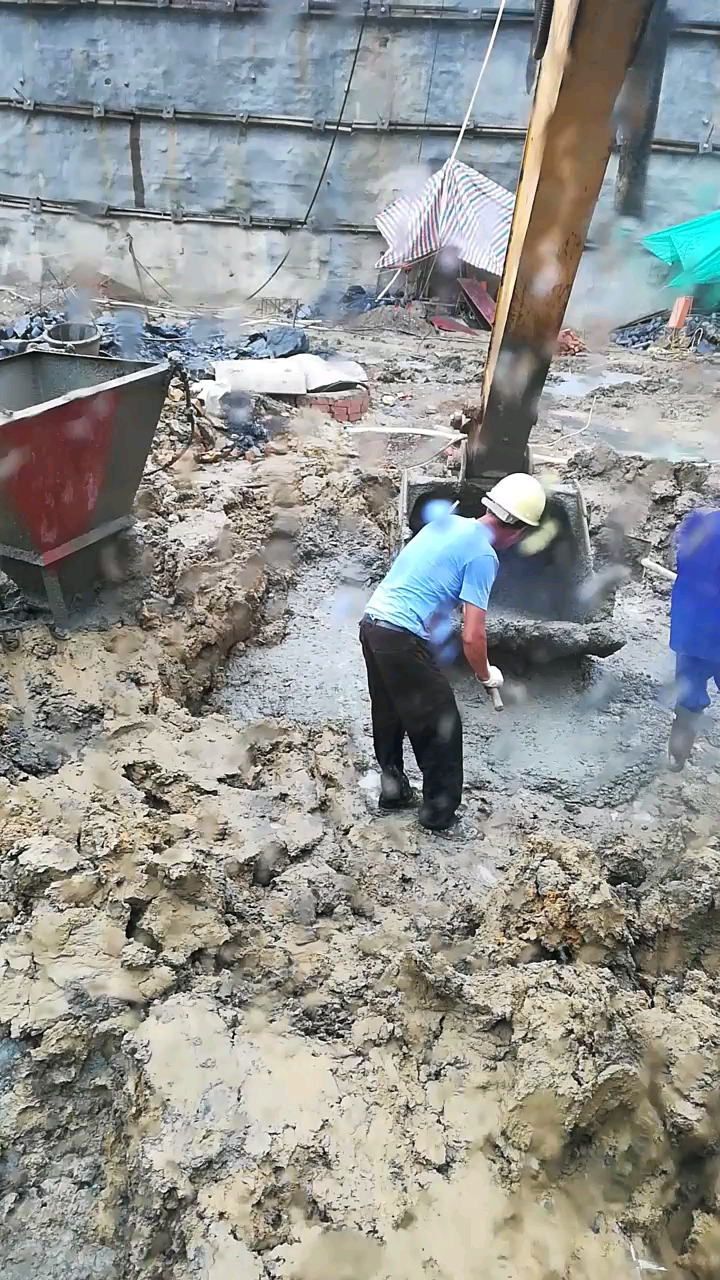 [我的铁甲日记第三十三天]加班浇筑混凝土-帖子图片