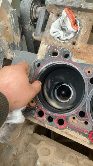 别人刚大修2个月的发动机缸垫次了