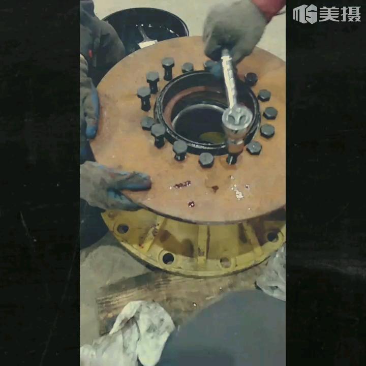 【我的铁甲日记第3天】安全大于天,这样的刹车盘必须换!