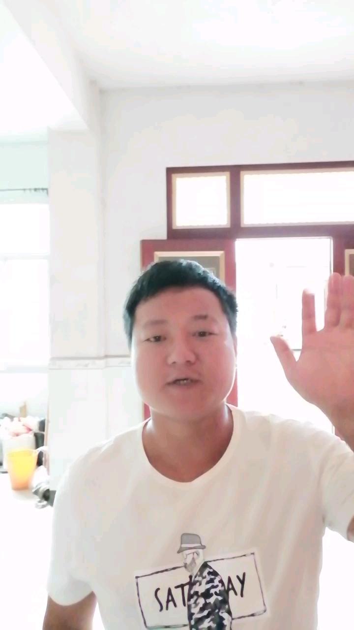 【视频达人秀】挖机赵子龙给铁甲的祝福!