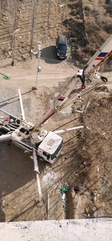 高铁砼浇筑真的很废车