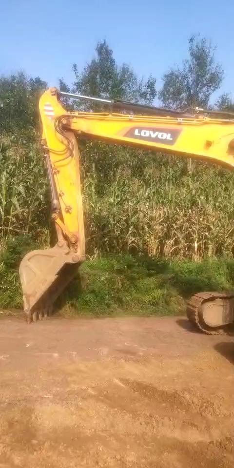3年不解之缘,如今我养了2台雷沃挖掘机!