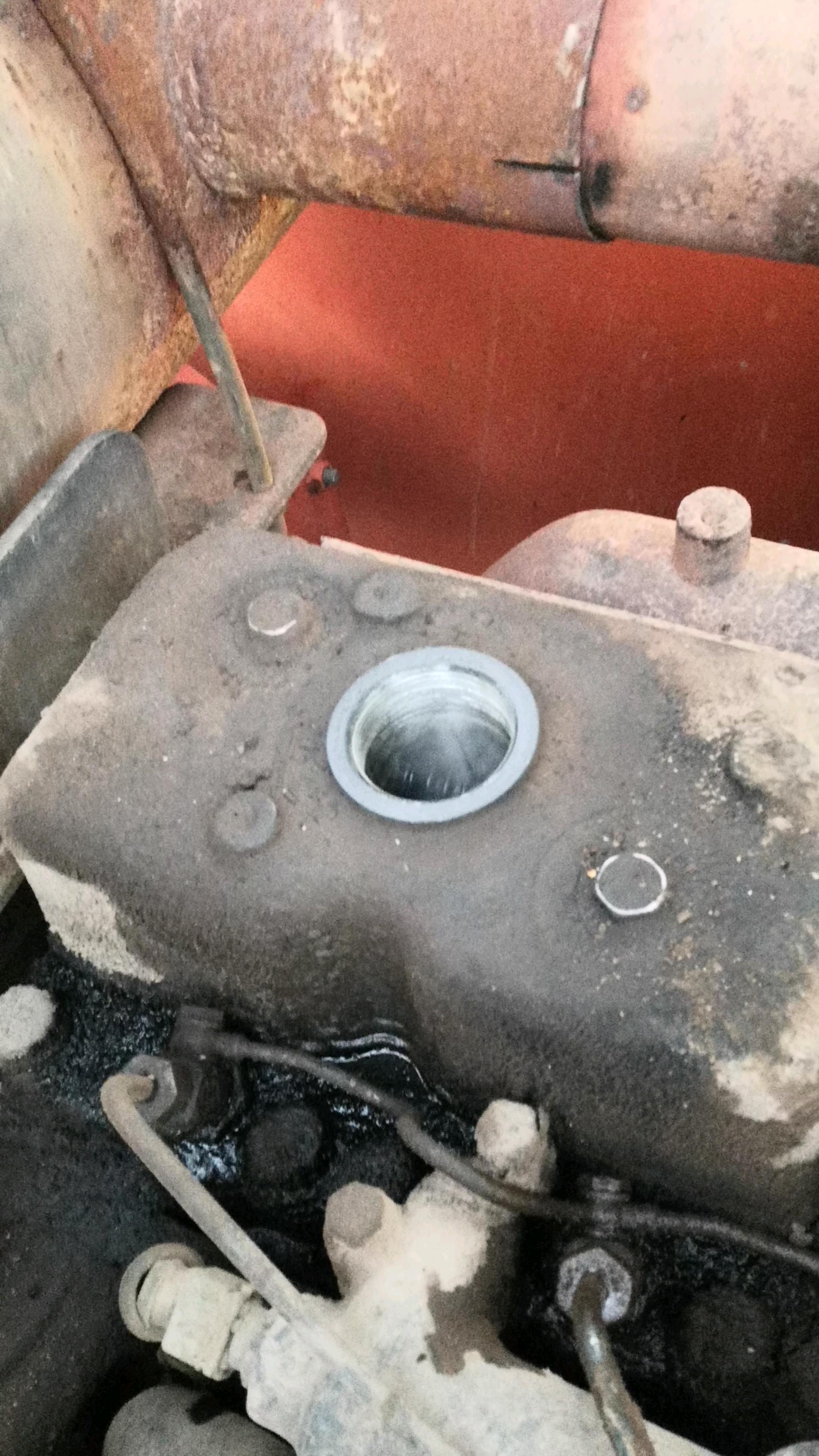 换个大泵骨架油封把发动机干废了