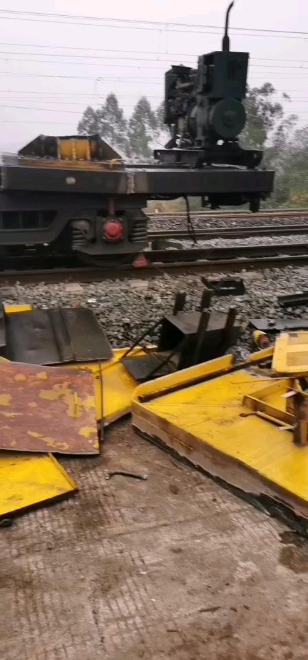 又拆火车了